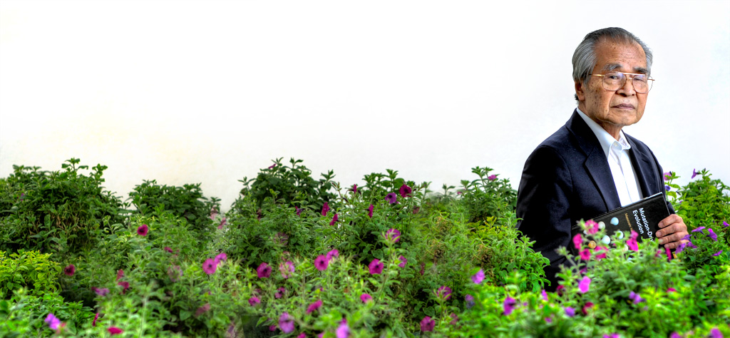 Portrait of Dr. Masatoshi Nei, shot for Discover Magazine