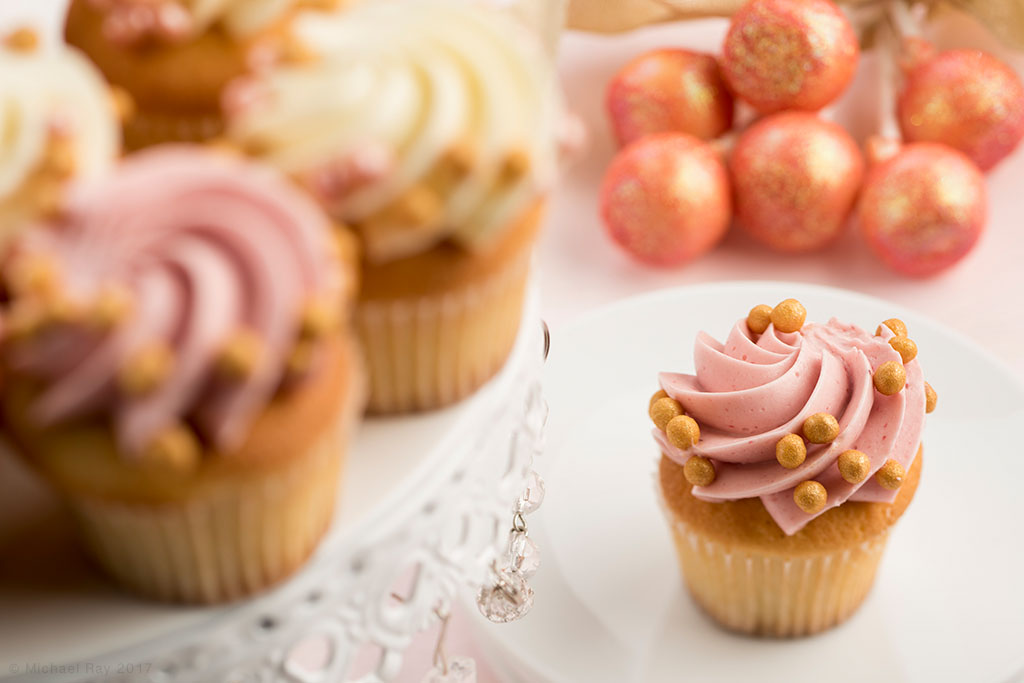 catering food photo of cupcakes