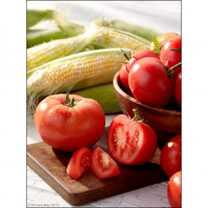 Pittsburgh food Photographer photographs tomatoes and corn.